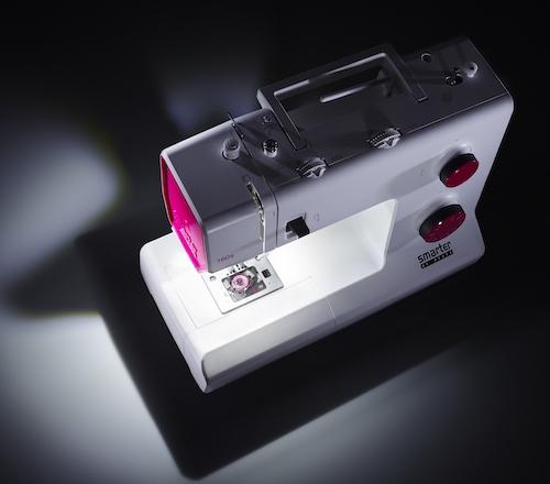 Pfaff-smarter-160s-Licht-von-oben