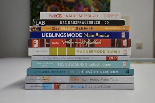 Lektuere-Naehen-Naehschule-Baby-Kindermode-Overlock